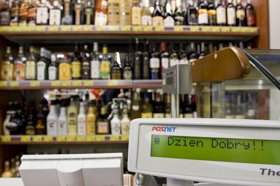Rejestracja kupujących alkohol to duży wydatek dla sklepu