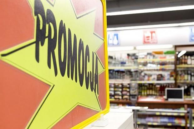 Promocje korygują efekt złej pogody w sprzedaży napojów