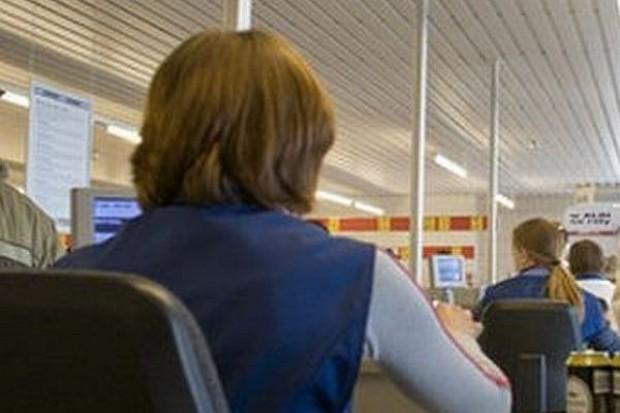 Małe sklepy traktują pracowników gorzej niż wielkie sieci