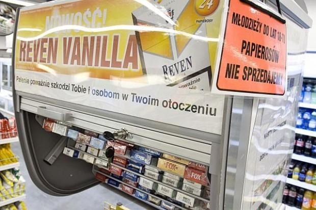Sprzedaż papierosów w sklepach z pewnością spadnie