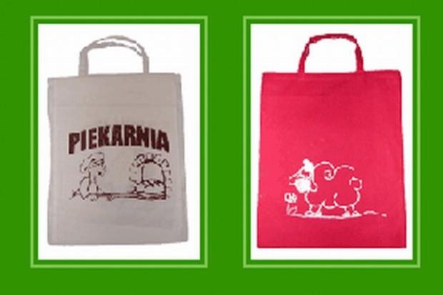Ekologiczna torba z nadrukiem stanowi dobrą reklamę sklepu