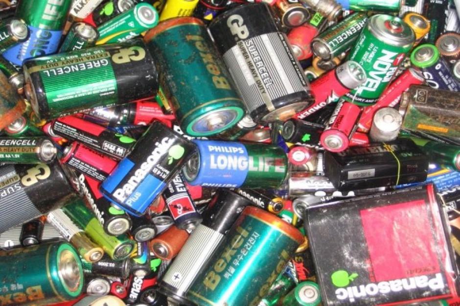 Sklepy muszą już odbierać zużyte baterie
