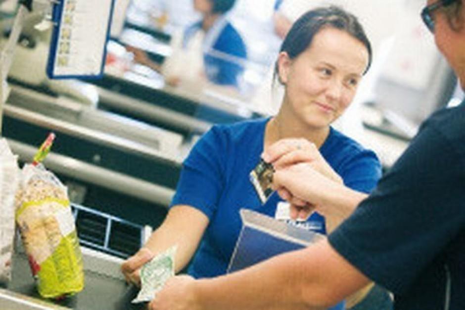 Sprzedawca wpływa na odbiór sklepu przez klientów