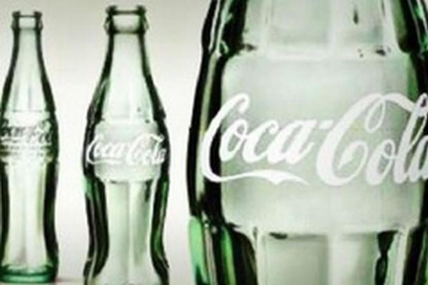 Coca Cola sprzedała mniej napojów