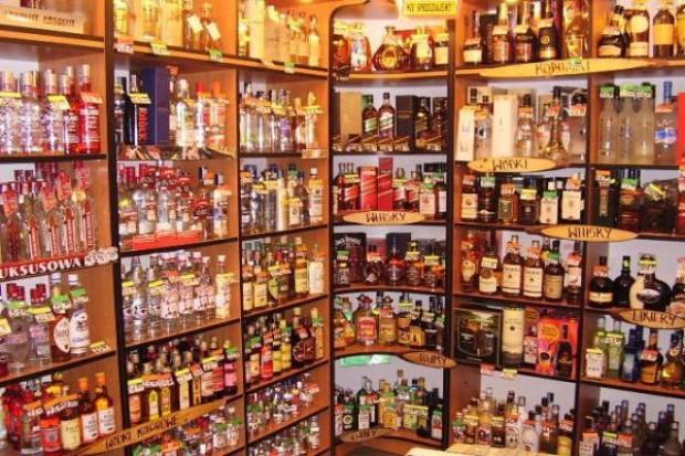 W dni poświąteczne klienci poszukują głównie pieczywa i alkoholu