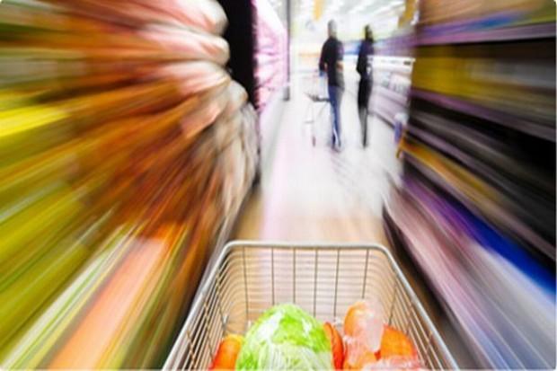 Wydajemy mniej na żywność częściej kupując w dyskontach