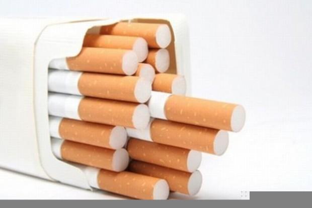 Palacze wybierają coraz tańsze papierosy