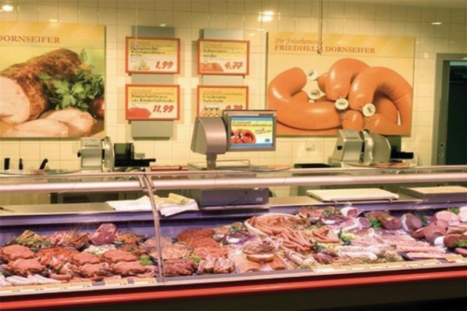 Mięso i wędliny należy akcentować światłem ciepłobiałym lub białym