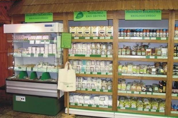 Półka ze zdrową żywnością