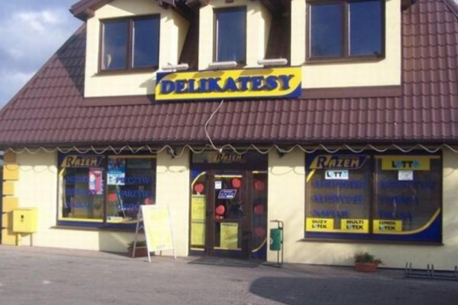 Obroty małych sklepów spadają o kilka proc. rocznie
