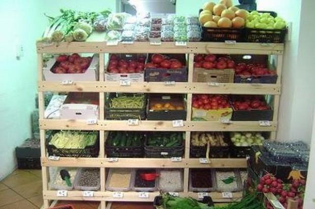 Kupujący świadomie wybierają tradycyjne sklepy