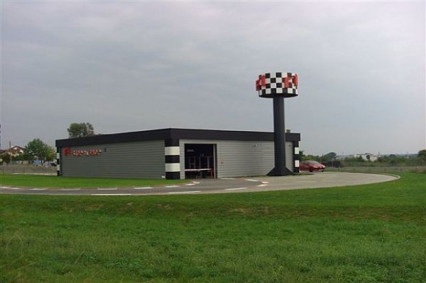 F1 sprzedaje swój koncept na Litwę
