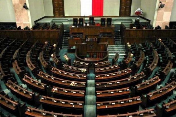 Uroczystości pożegnania ofiar katastrofy w Sejmie