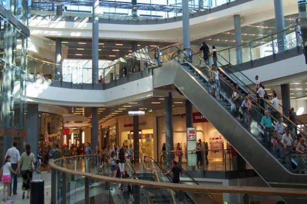Czynsze w centrach handlowych niższe niż przed rokiem