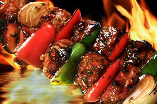 Konsumenci wybierają przyprawione dania grillowe
