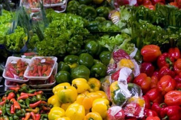 IJHARS: Świeże warzywa i owoce są źle znakowane w hipermarketach i w małych sklepach