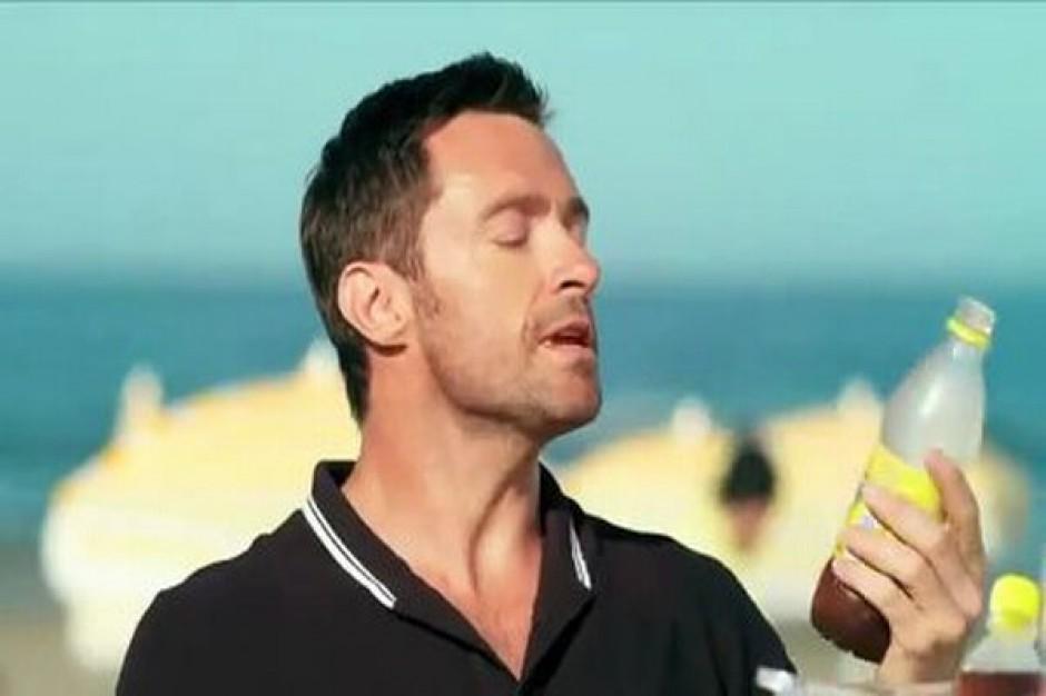 Hugh Jackman w nowej odsłonie kampanii Lipton Ice Tea