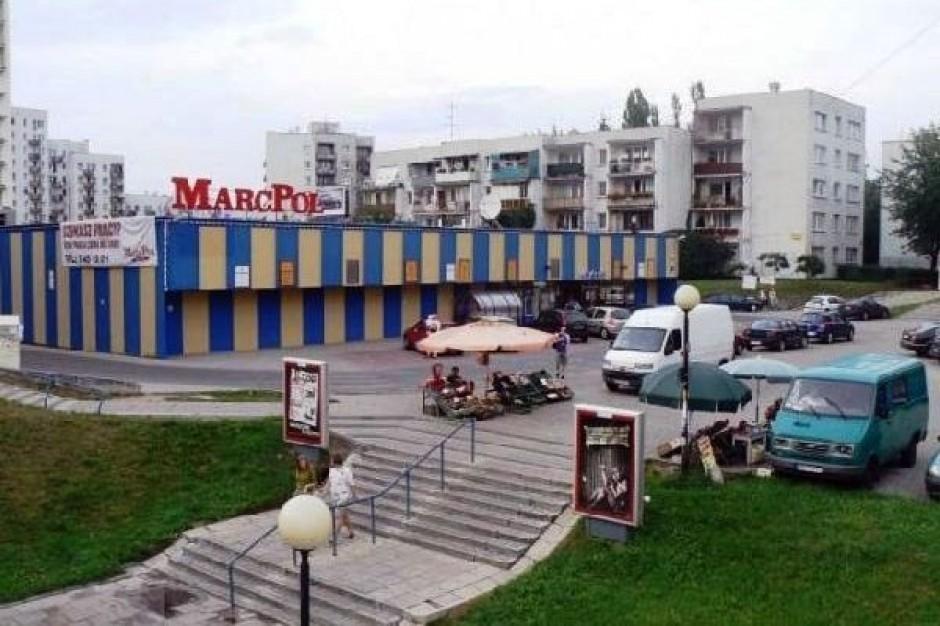 Brak chętnych na pakiet akcji sieci MarcPol