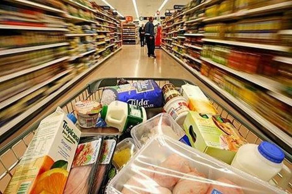 35 proc. konsumentów wkłada do koszyka produkty spożywcze, których nie zamierzali kupić
