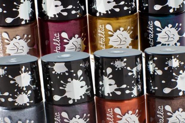Metaliczne lakiery do paznokci Simple Beauty Metallic