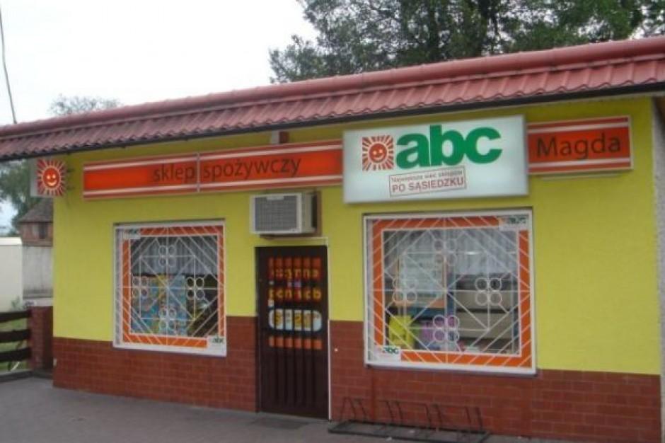 Coraz więcej sklepów wchodzi we franczyzę