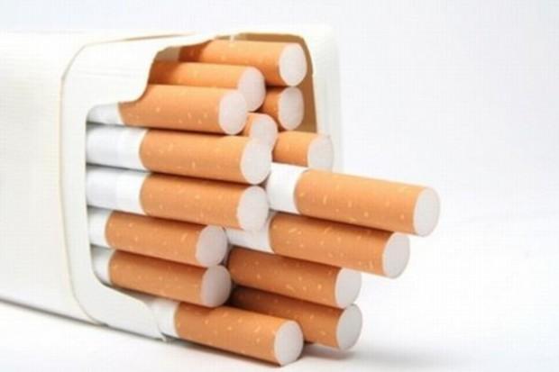 Sklepy będą musiały wymienić półki na papierosy