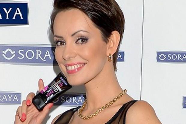 Dorota Gardias reklamuje kosmetyki Soraya