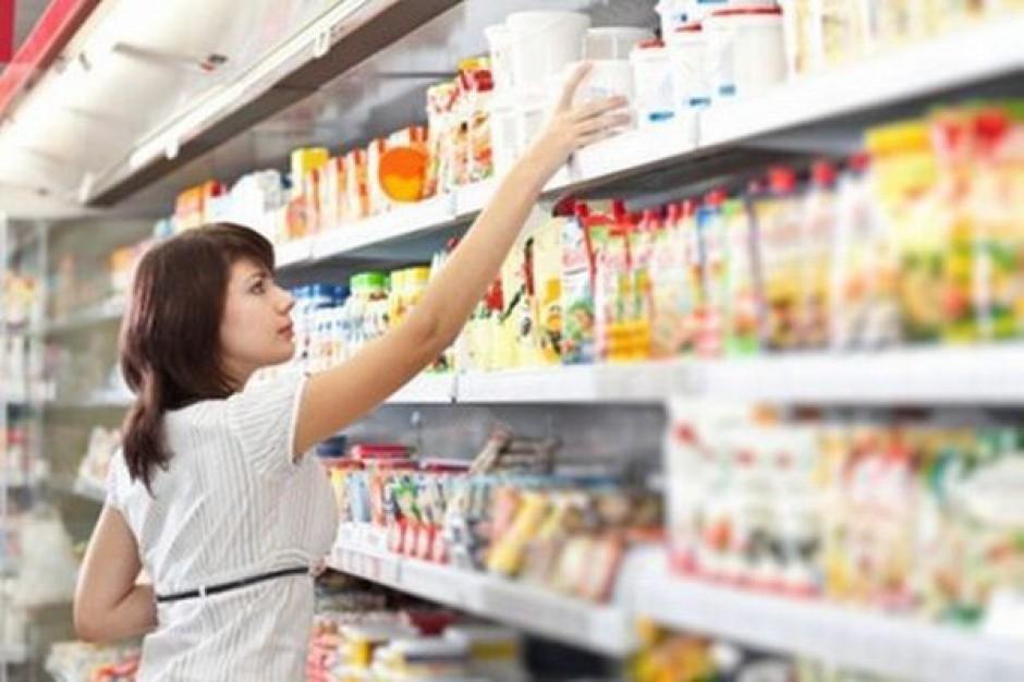 Ekspert: Wiele produktów potrzebnych do przygotowania wielkanocnych potraw jest tańszych
