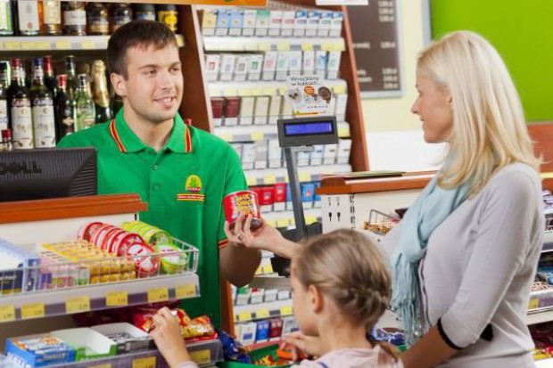 Żabka weryfikuje plany inwestycyjne - powstanie nawet 9 tys. sklepów