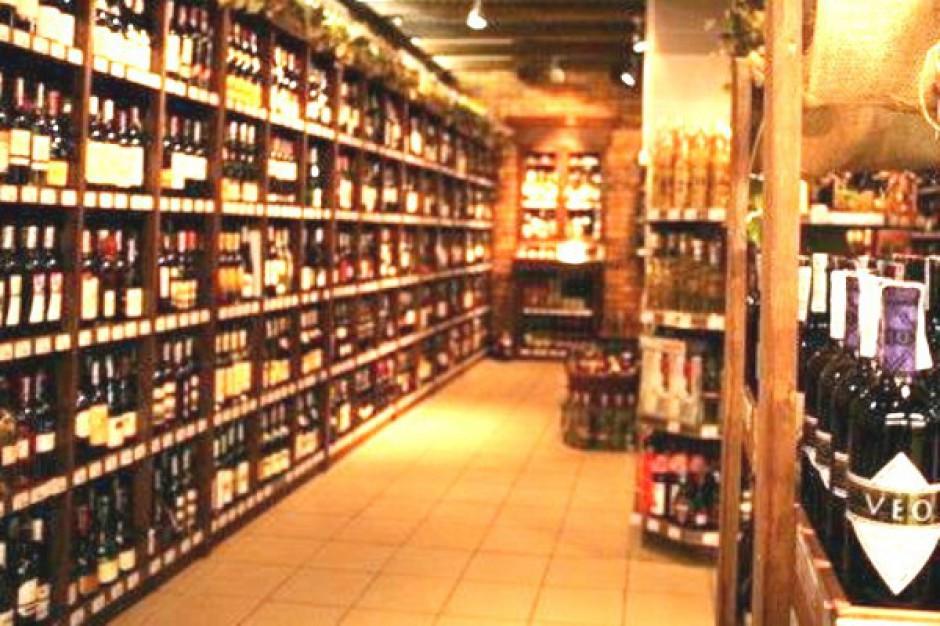 KIG: Uregulowania dotyczące sprzedaży alkoholu wymagają zmian