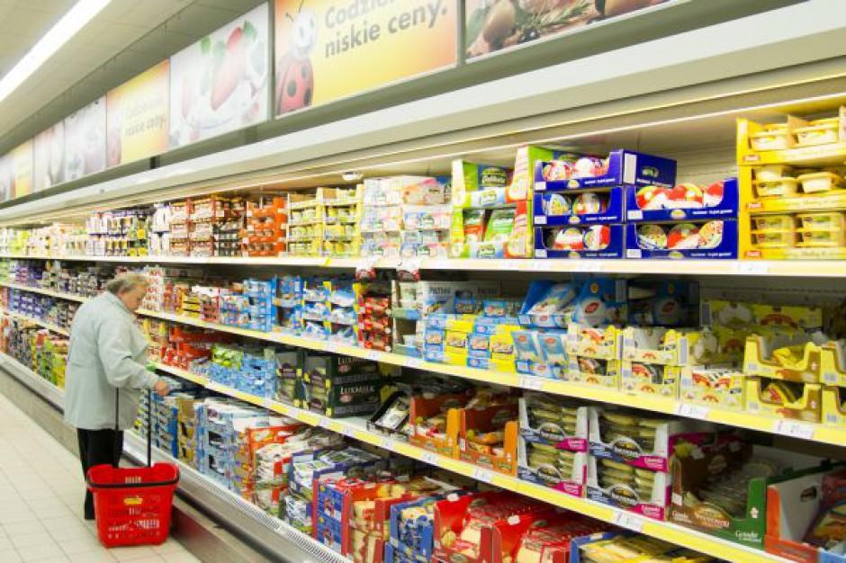 Ekspert: Dyskonty stają się sklepami pierwszego wyboru