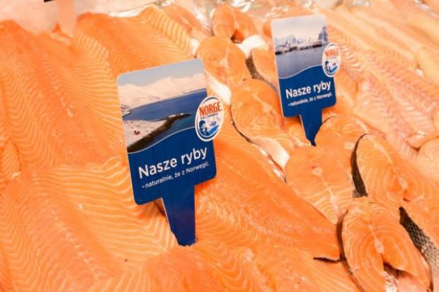 Tesco widzi potencjał sprzedaży dla ryb z Norwegii. Tworzy specjalne stoiska