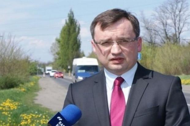 Zbigniew Ziobro chce opodatkowania sieci hiper- i supermarketów