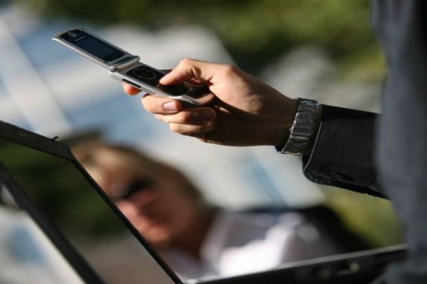 Płatności mobilne mogą przyciągnąć do e-sklepu nowych klientów
