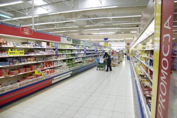 """Eksperci: Kto znajdzie pomysł na """"nowy"""" hipermarket wygra batalię o rynek"""