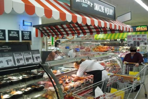 Biedronka testuje rozwiązania, które zbliżą ją do supermarketu