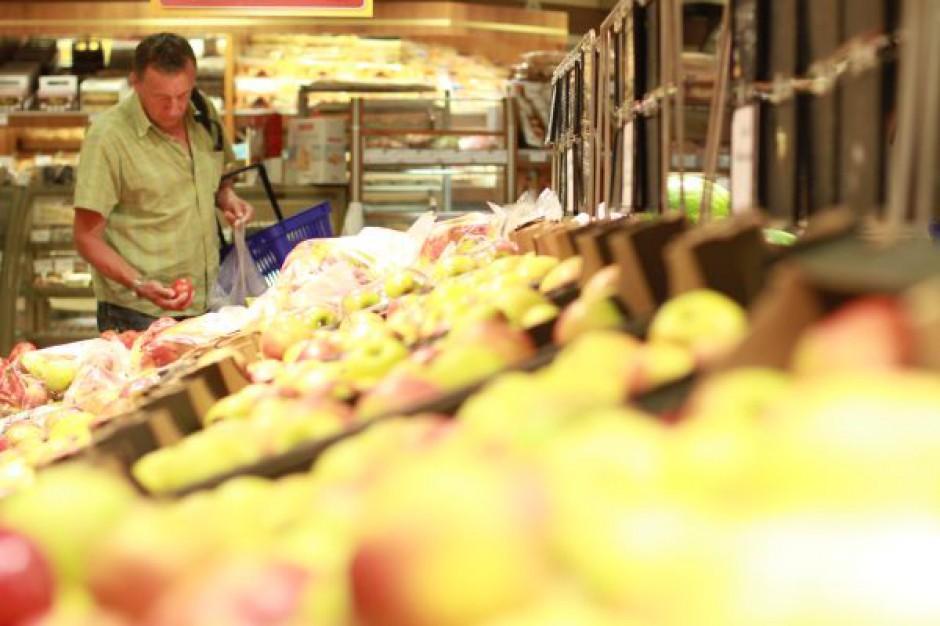 W ubiegłym roku polskie sklepy sprzedały żywność i napoje za 166,5 mld zł
