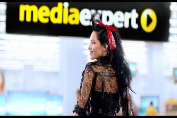Telewidzowie zmęczeni reklamą Media Expert z Eweliną Lisowską - w internecie krytyka i parodie