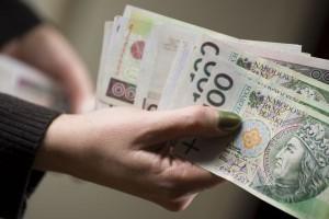 MF: Płatności gotówkowe tylko do 3 tys. euro