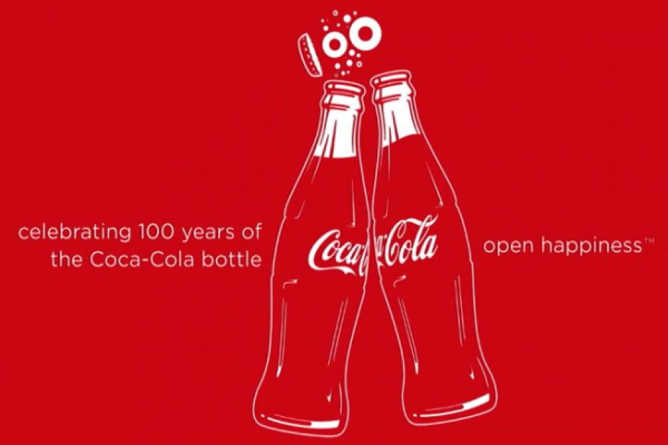 Coca-Cola świętuje stulecie wprowadzenia na rynek swojej charakterystycznej butelki