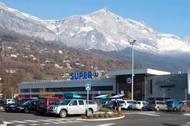 Ciekawa transakcja Auchan: Sklepy Simply Market zmienią szyld