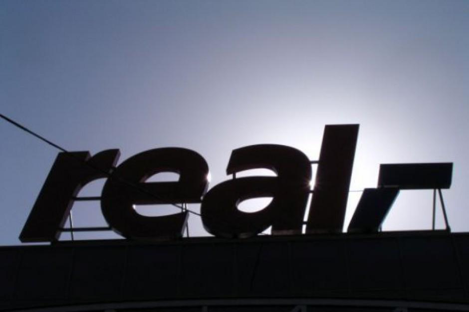 Auchan wydziela zarządzanie 8 hipermarketami Real do spółki Rella Investment