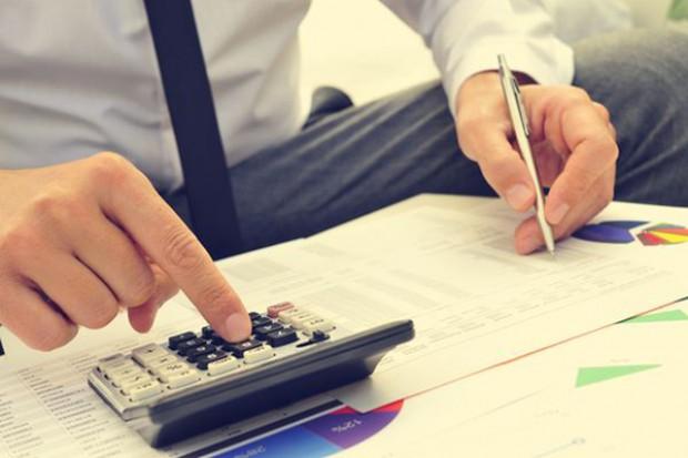 W trzy miesiące o 100 mln zł wzrosło zadłużenie firm handlowych