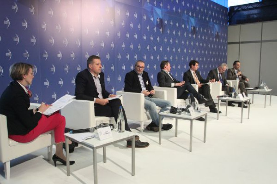 EEC 2015: Rynek jest przeregulowany, ustawodawcy nie uwzględniają głosu przedsiębiorców