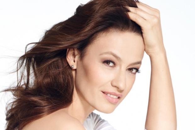 Magdalena Różdżka w kampanii kosmetyków Perfecta
