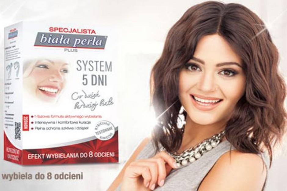 Kampania wspiera sprzedaż środków do wybielania zębów Biała Perła