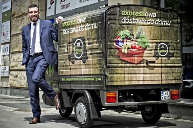Warszawski Carrefour Express z usługą dostawy zakupów do domu