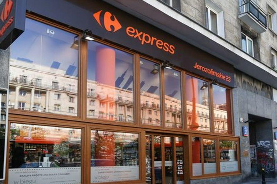 Carrefour poprawił sprzedaż w I półroczu, w Polsce lekki spadek