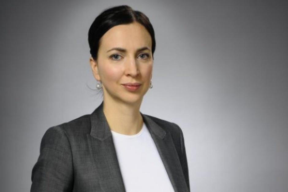 Alicja Koleśnik nie jest już dyrektorem działu zakupów Biedronki. Jej zadania przejęły trzy osoby