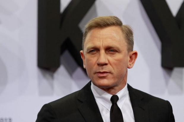 Bond znowu pije Heinekena, marka reklamuje się w filmie Spectre
